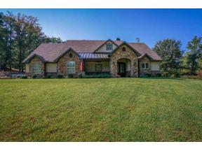 Property for sale at 1515 E Lake Drive, Gladewater,  Texas 75647