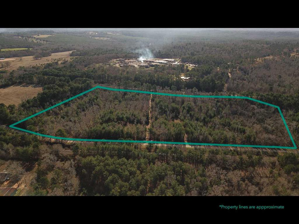 Photo of home for sale at 000 CR 3210, Jacksonville TX