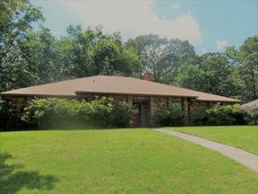 Property for sale at 601 Town Oaks Circle, Kilgore,  Texas 75662
