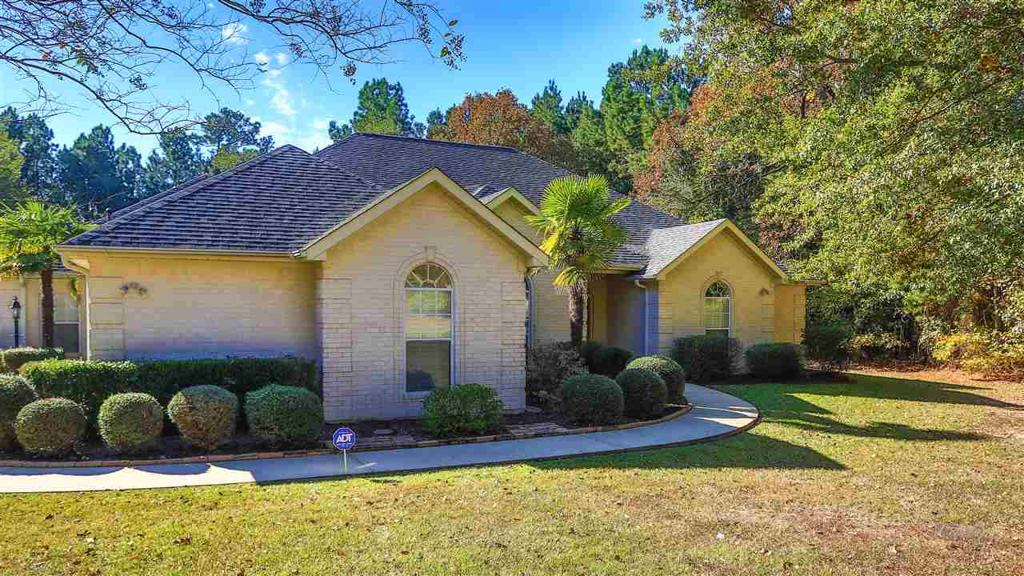 Photo of home for sale at 2570 Garden Oaks, Marshall TX