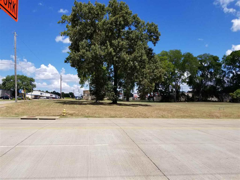 Photo of home for sale at 00 Reel Rd., Longview TX