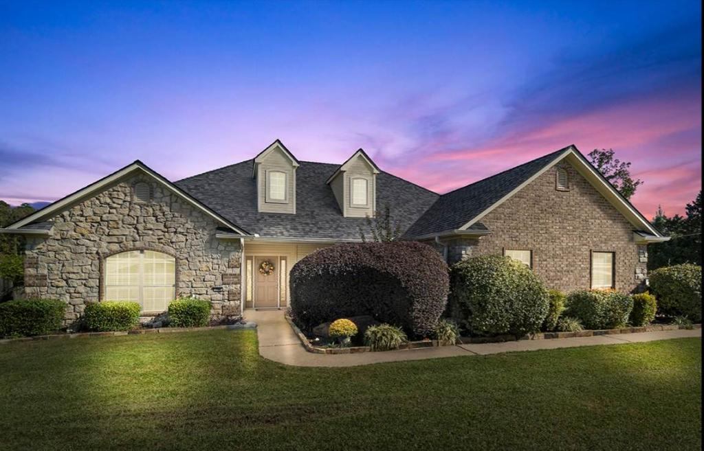 Photo of home for sale at 170 Towering Oaks Lane, Longview TX