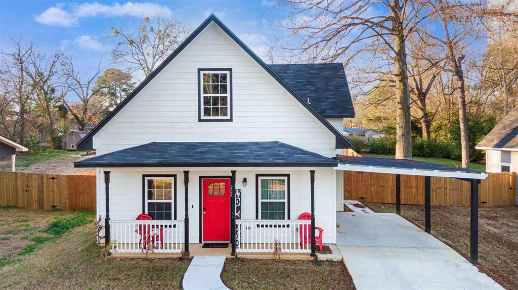 Photo of home for sale at 207 Reel Rd., Longview TX