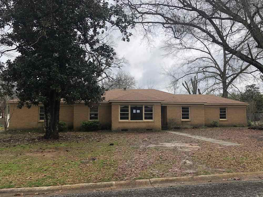 Photo of home for sale at 3314 Florence, Kilgore TX