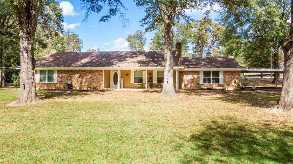 Photo of home for sale at 23411 CR 3172, Gladewater TX