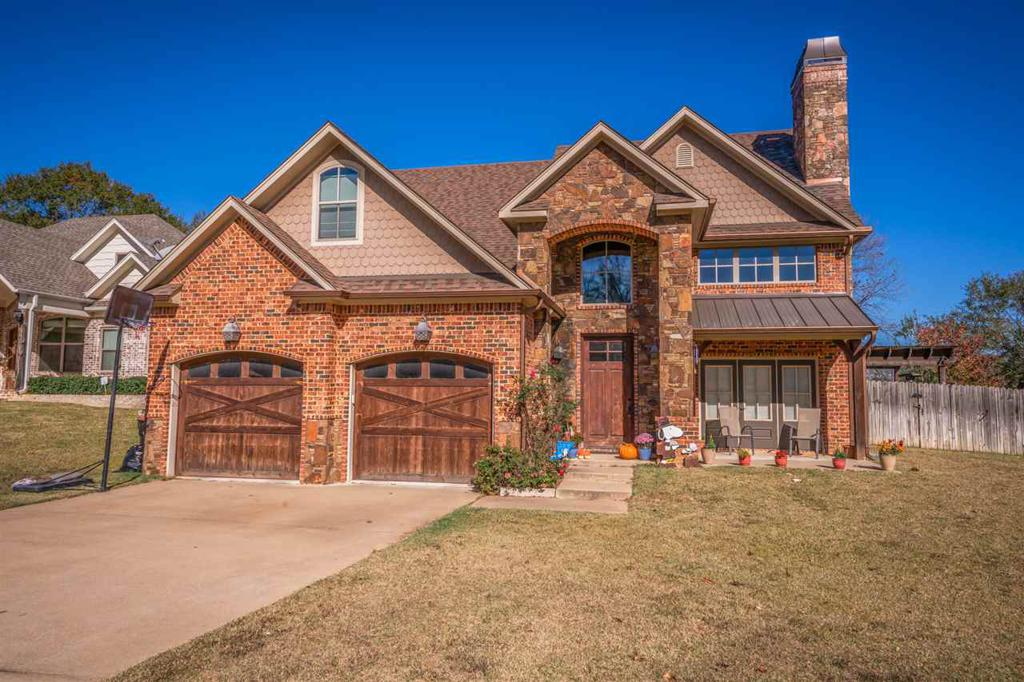 Photo of home for sale at 113 BLAINE TRAIL, Longview TX