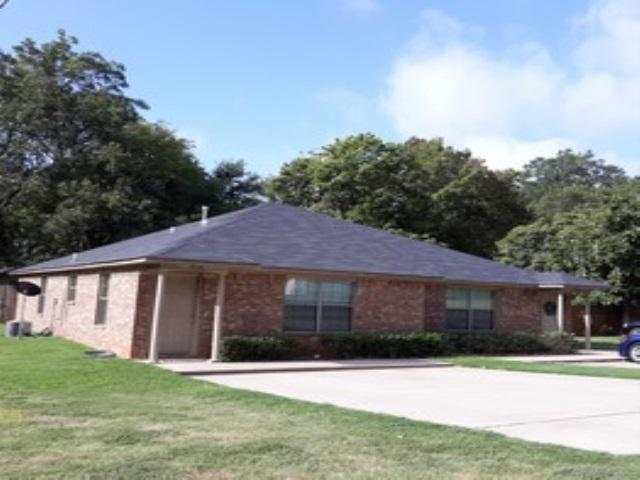 Photo of home for sale at 1012-1014 E 15th, Texarkana AR