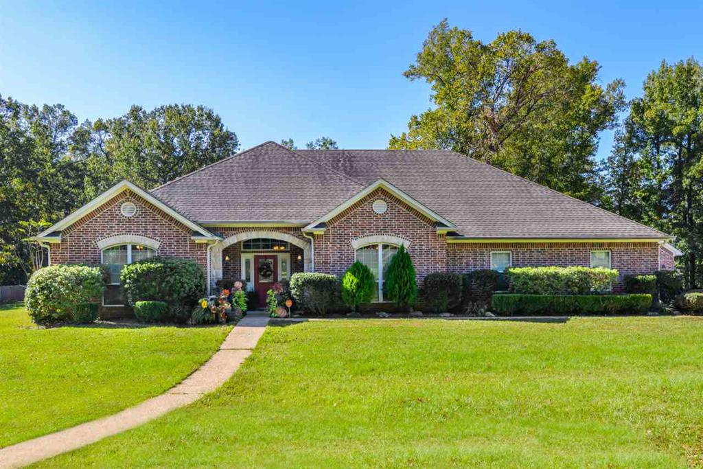 Photo of home for sale at 2800 Houston, Kilgore TX
