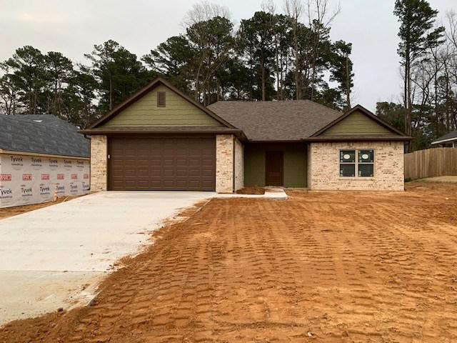 Photo of home for sale at 1320 Frankie, Longview TX