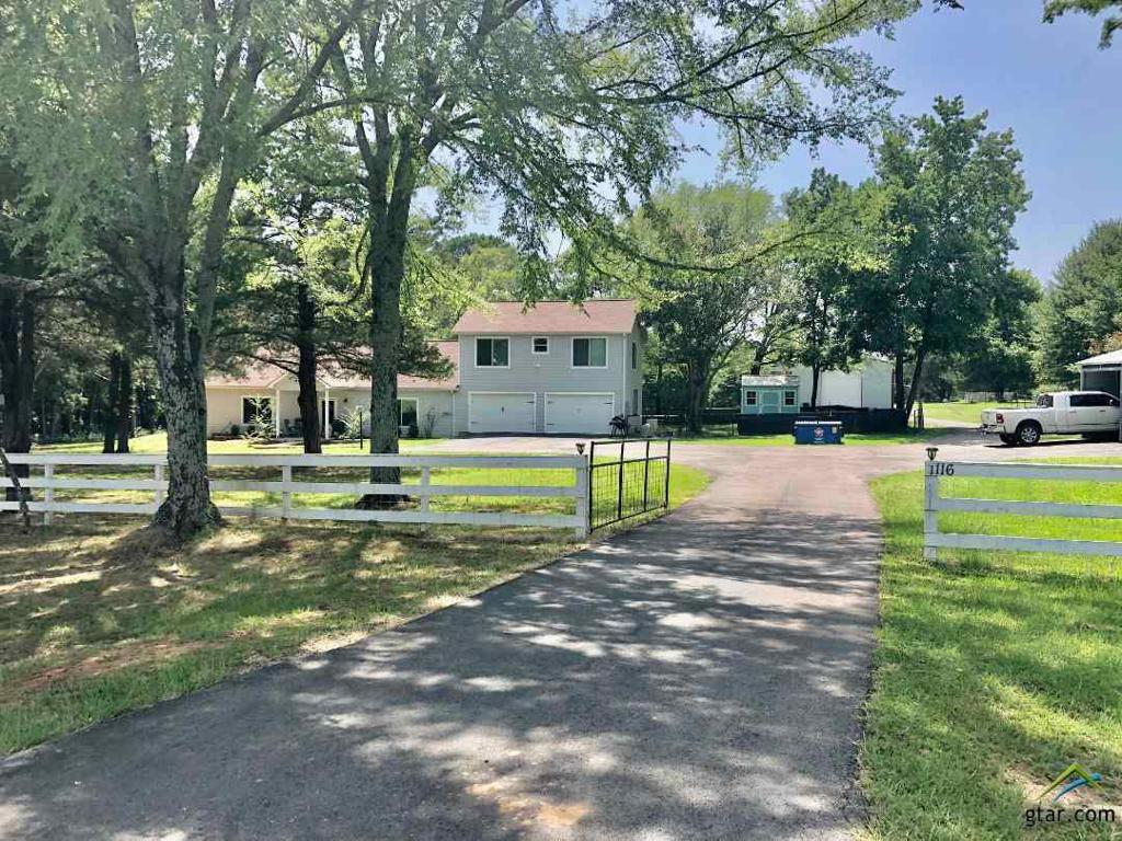 Photo of home for sale at 1116 FM 1804, Mineola TX
