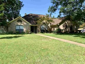 Property for sale at 124 Southcastle, Longview,  Texas 75604