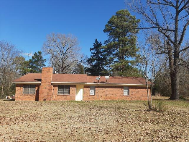 Photo of home for sale at 3305 FM 1970, Carthage TX