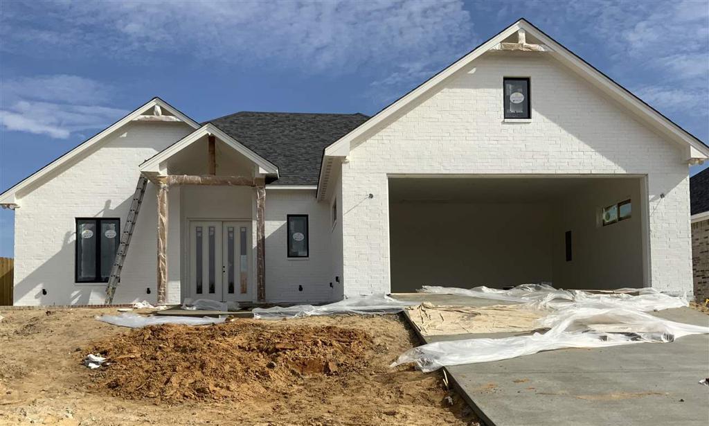Photo of home for sale at 1215 Nate Circle, Bullard TX