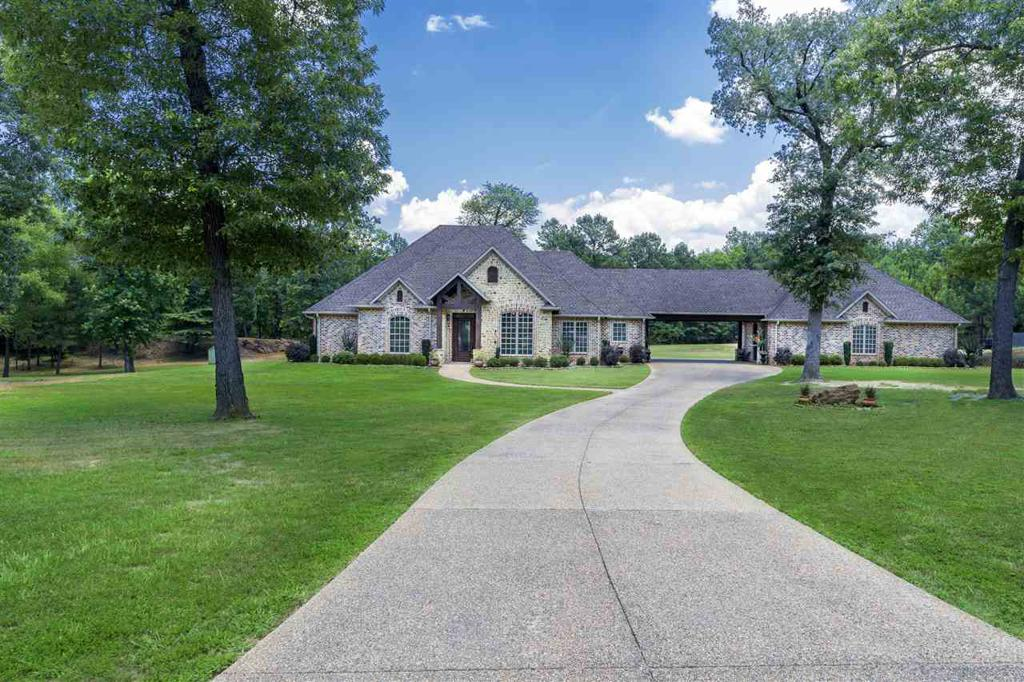 Photo of home for sale at 5400 Airline Rd., Longview TX