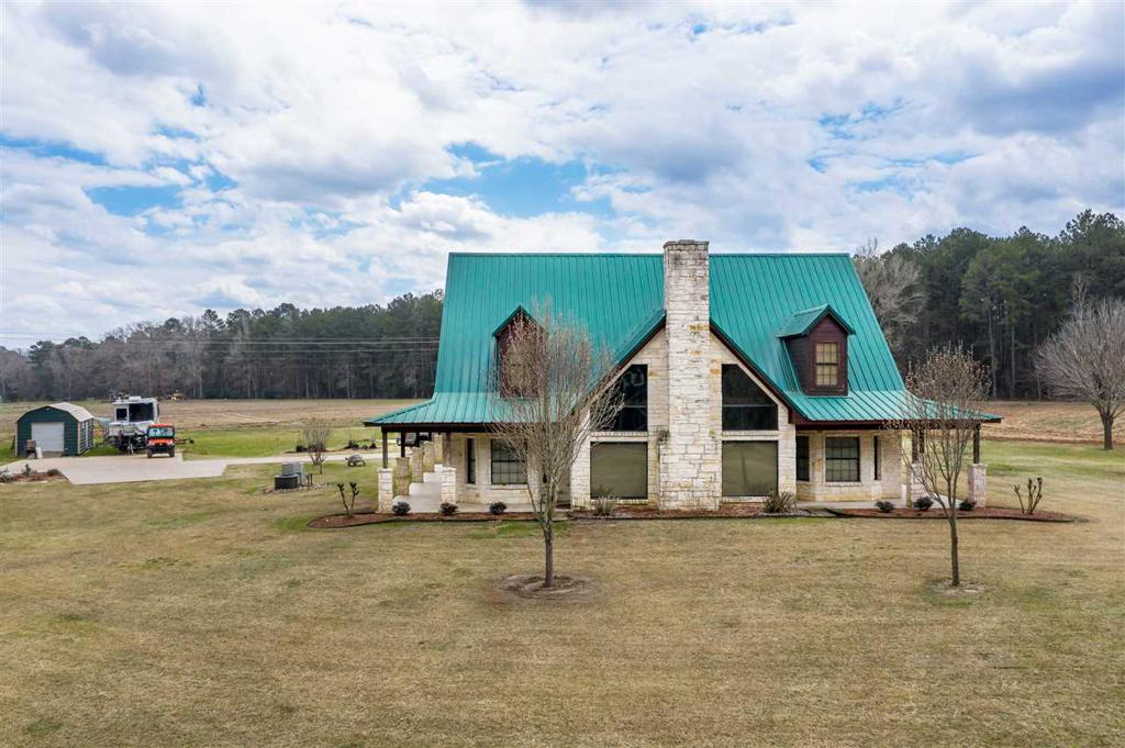 Photo of home for sale at 14650 CR 298, Kilgore TX