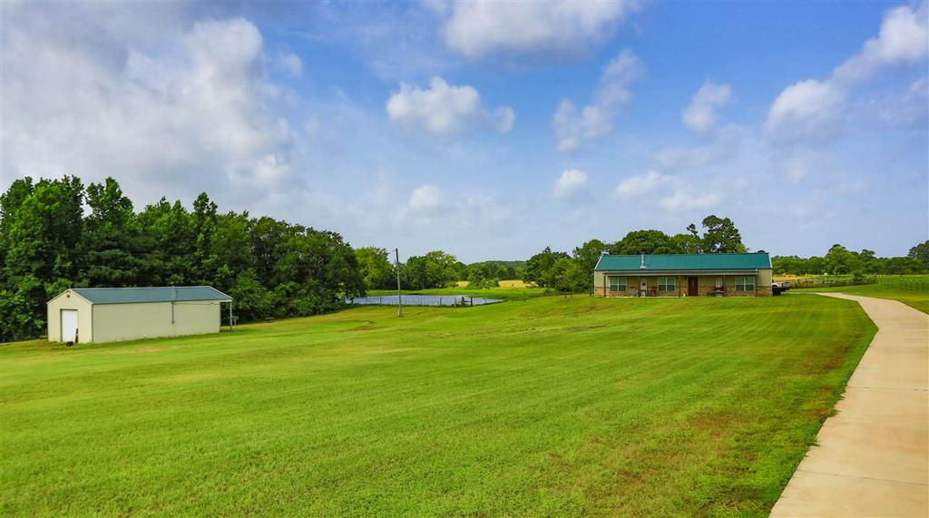Photo of home for sale at 1125 Pope City Rd, Jefferson TX