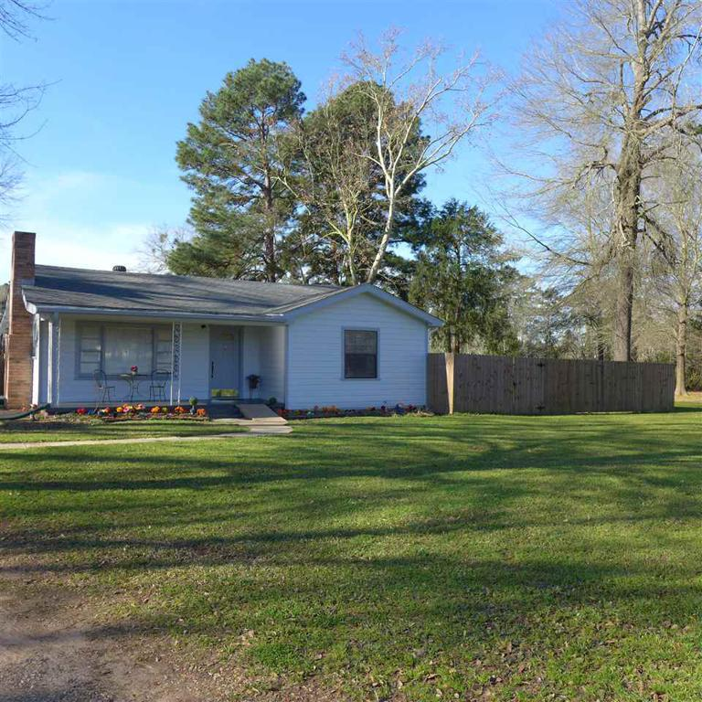 Photo of home for sale at 146 Juniper Rd, Big Sandy TX