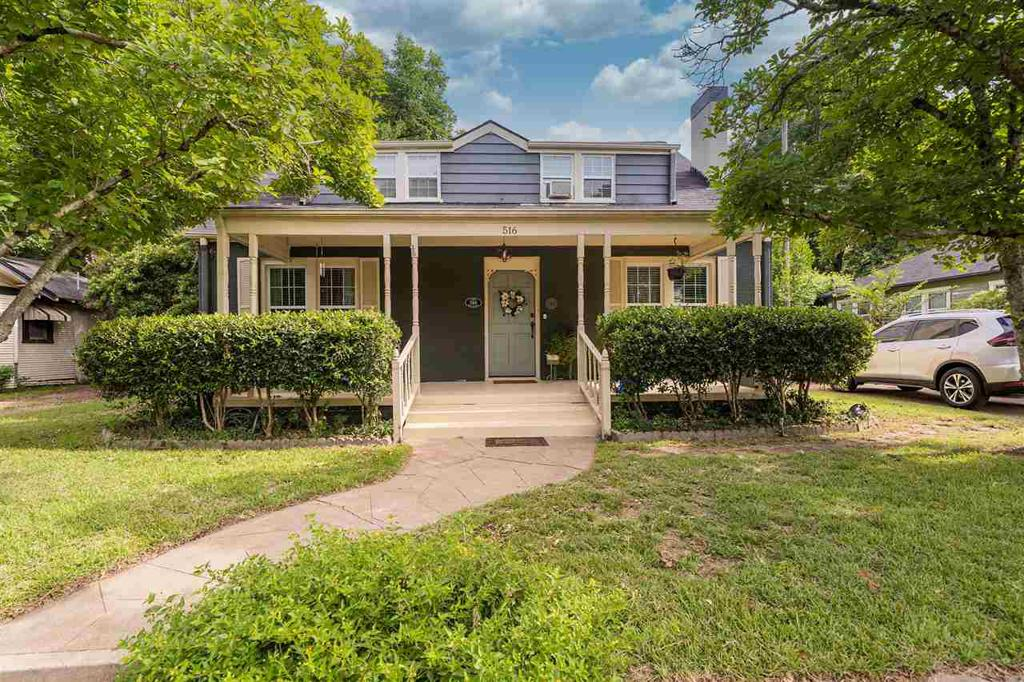 Photo of home for sale at 516 Fifth St., Tyler TX
