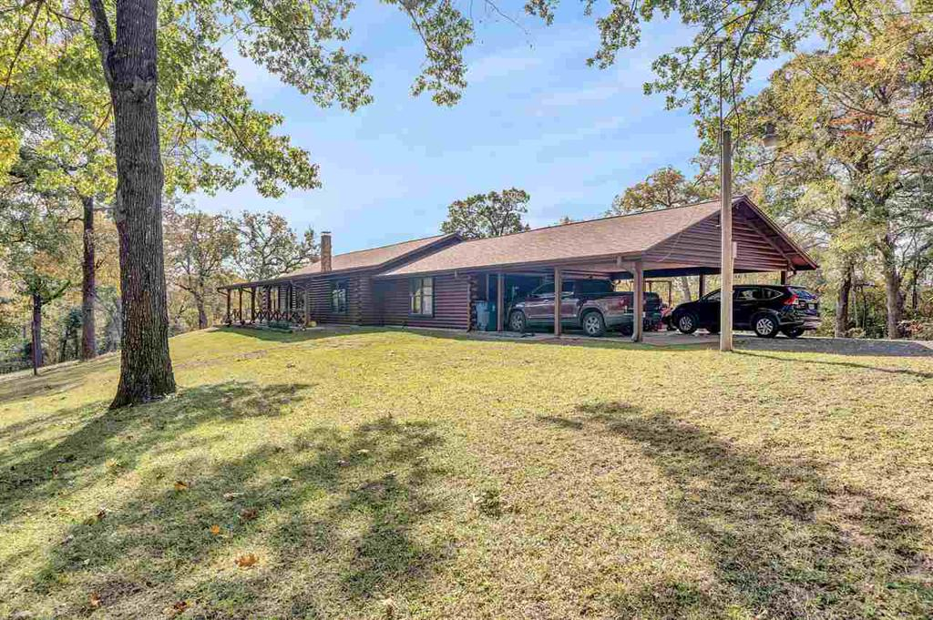 Photo of home for sale at 432 CR 2686, Hawkins TX