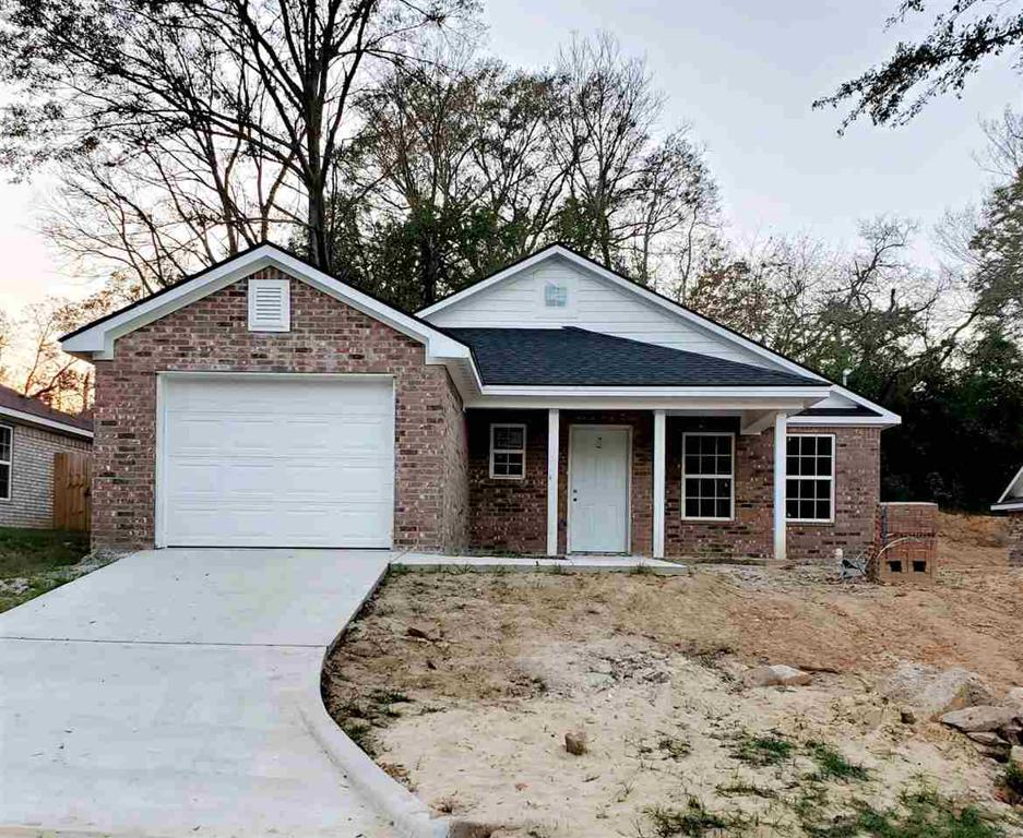 Photo of home for sale at 504 Abney St, Gilmer TX
