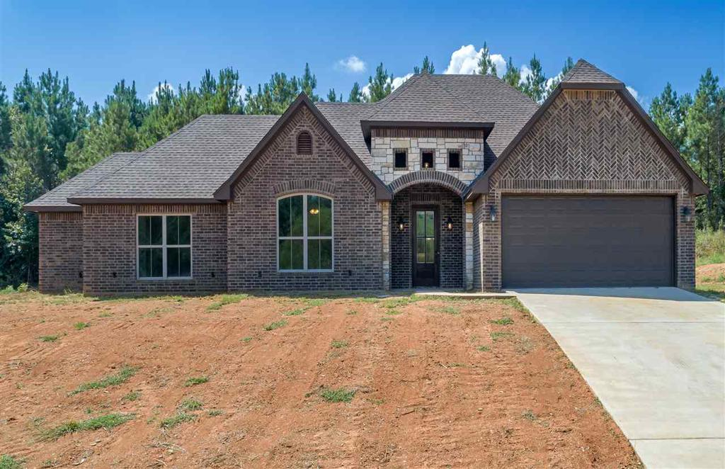 Photo of home for sale at 210 Bralan, Diana TX