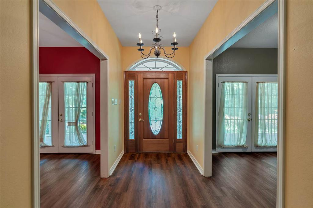 Photo of home for sale at 1001 Big Woods, Longview TX