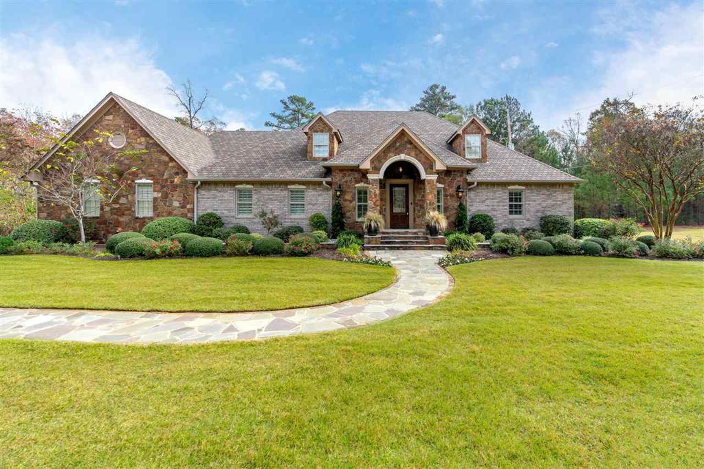 Photo of home for sale at 5464 Airline, Longview TX