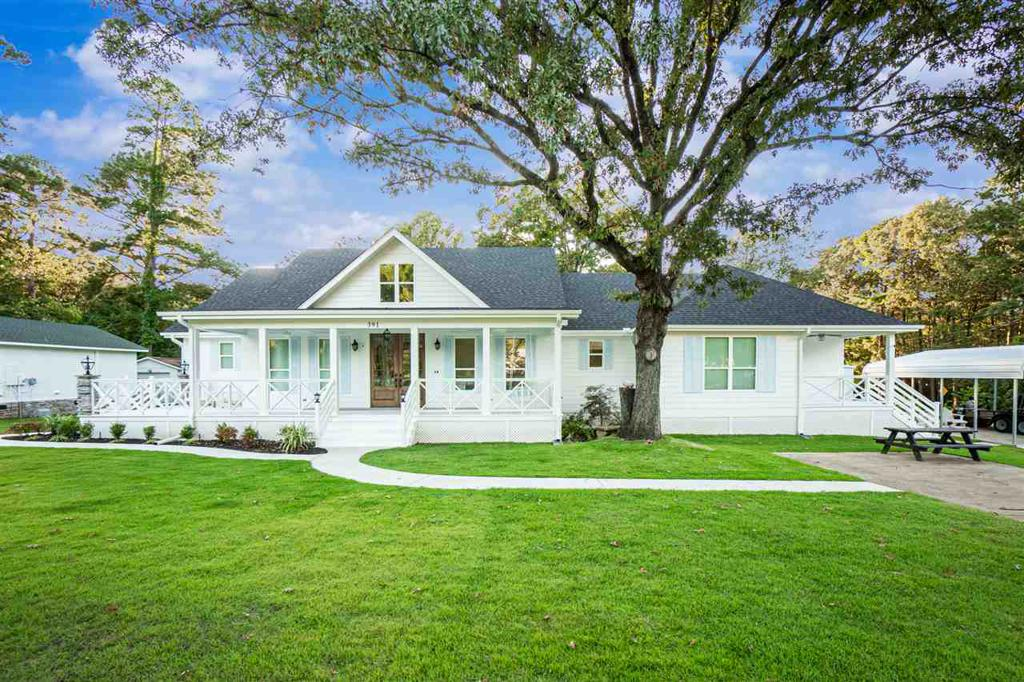 Photo of home for sale at 391 Plum Creek Road, Longview TX