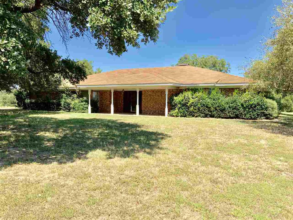 Photo of home for sale at 5161 Hwy 271, Pittsburg TX