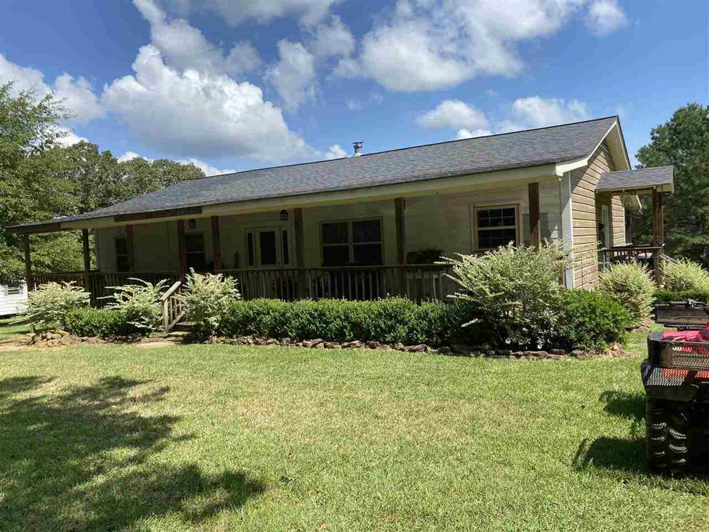 Photo of home for sale at 18770 CR 3265 D, Garrison TX