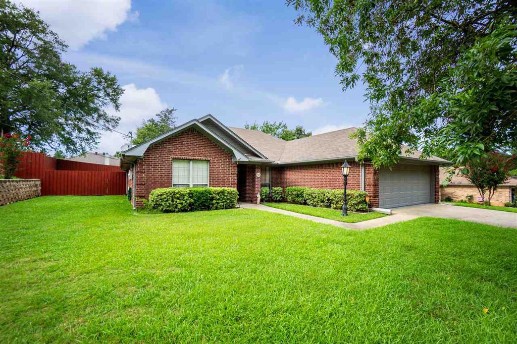 Photo of home for sale at 1705 Peach, Kilgore TX