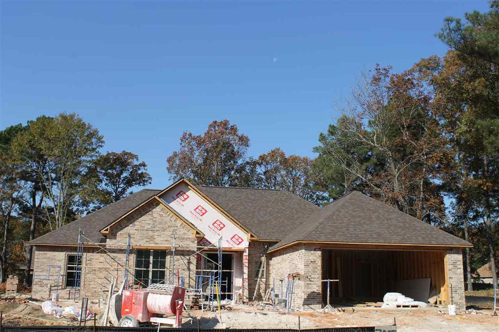 Photo of home for sale at 7007 Cameron, Texarkana TX