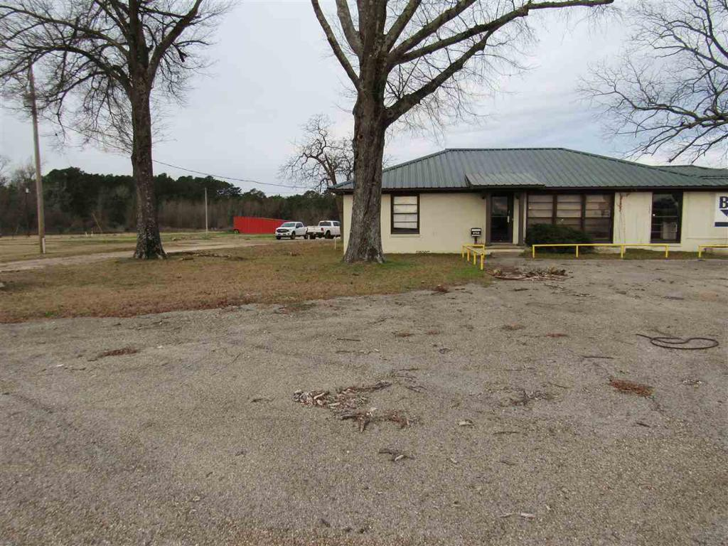 Photo of home for sale at 1715 A SH 31, Longview TX