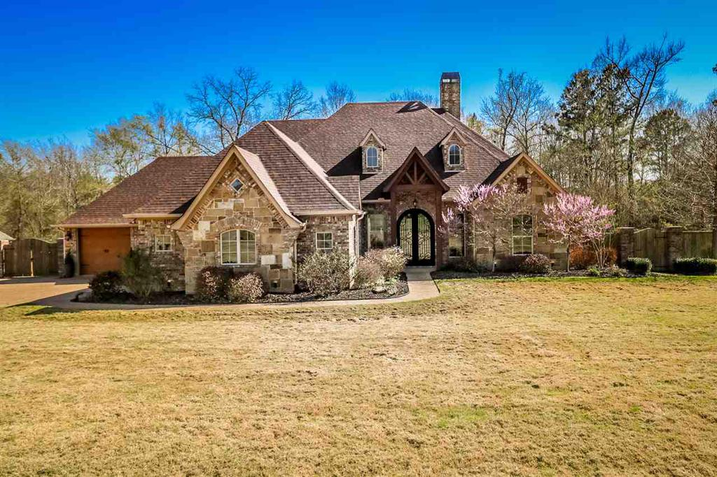Photo of home for sale at 135 ALEXIS DR, Longview TX