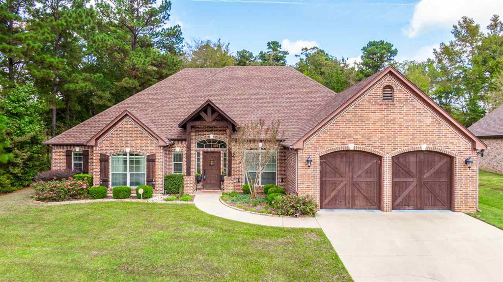 Photo of home for sale at 2103 Winding Run Ln, Longview TX