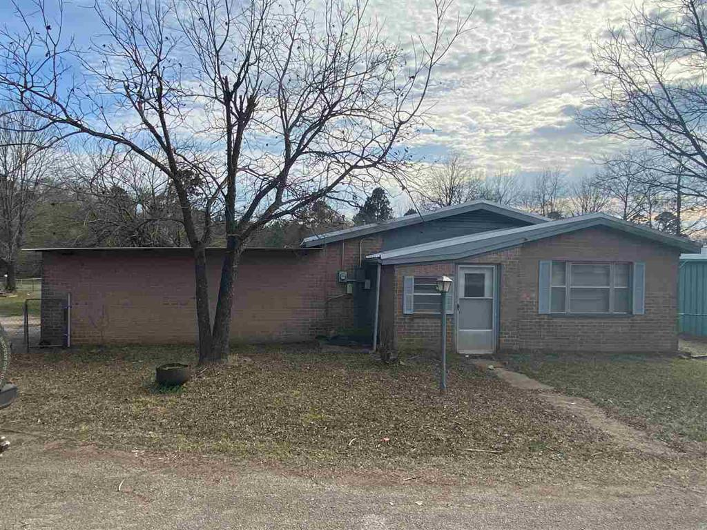 Photo of home for sale at 16460 State Hwy 155, Ore City TX