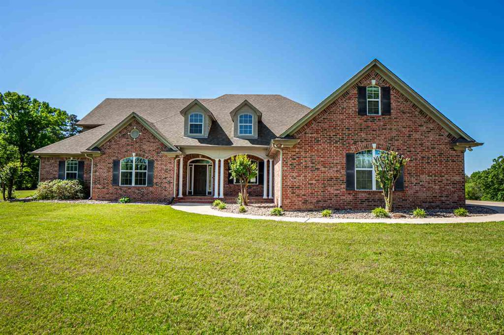 Photo of home for sale at 135 Whistler Ln, Hallsville TX