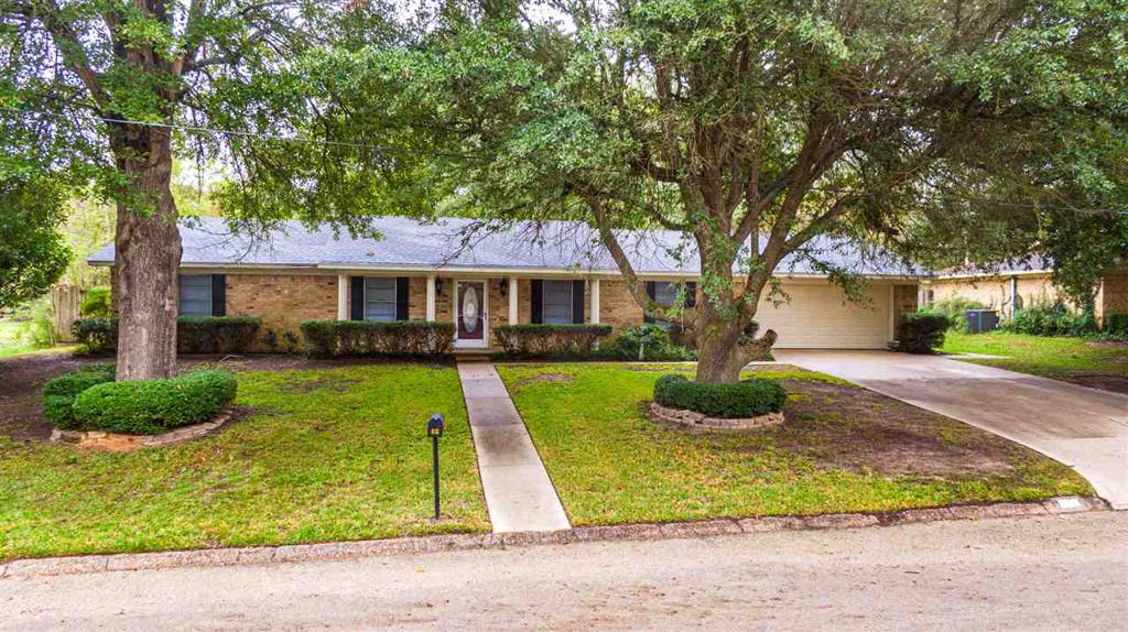 Photo of home for sale at 910 REDBUD DRIVE, White Oak TX