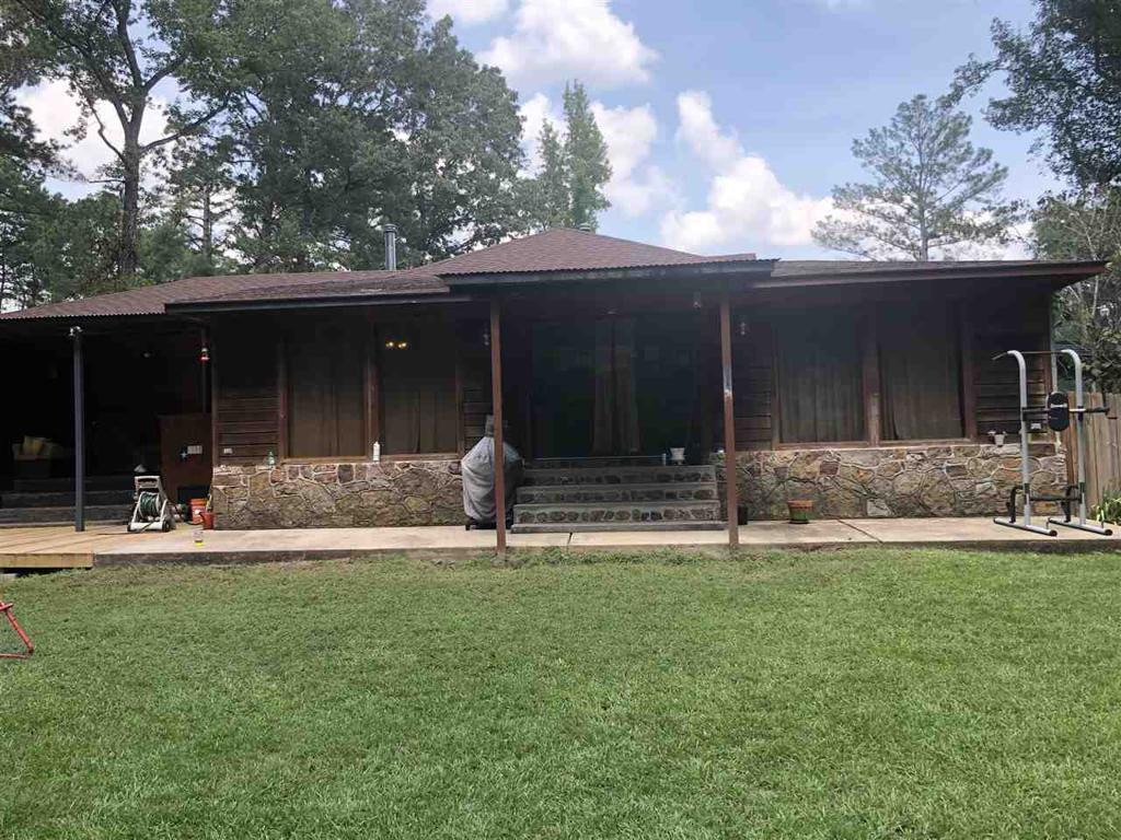 Photo of home for sale at 10040 Hwy 79 N, Deberry TX