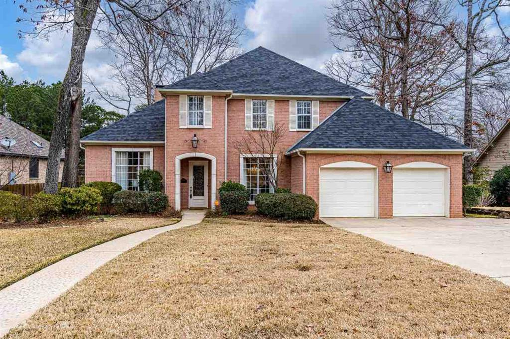 Photo of home for sale at 1103 Marigold Ln., Longview TX
