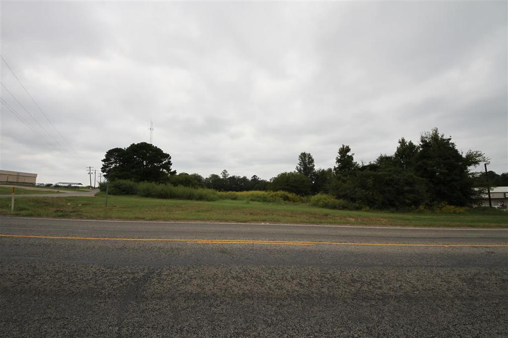Photo of home for sale at 2260 (Aprox) FM 2869, Holly Lake TX