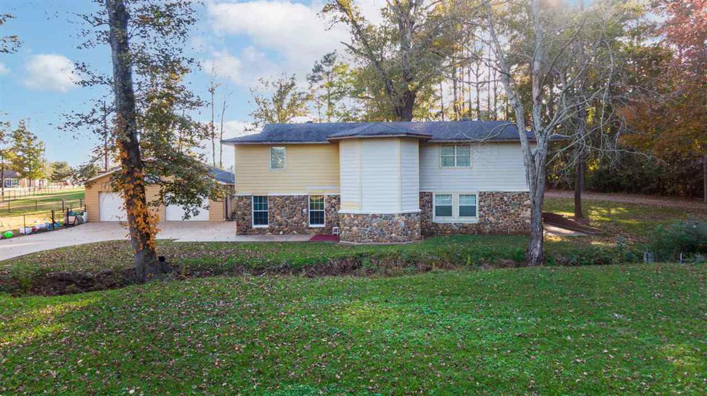 Photo of home for sale at 109 Joni Lane, Kilgore TX