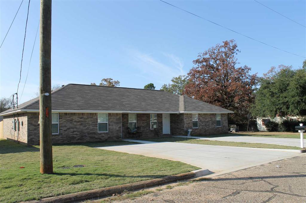 Photo of home for sale at 1203-1205 KIRBY, Texarkana AR