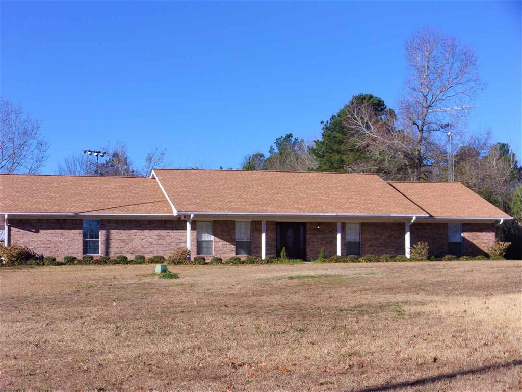 Photo of home for sale at 1900 US Hwy 259, Henderson TX