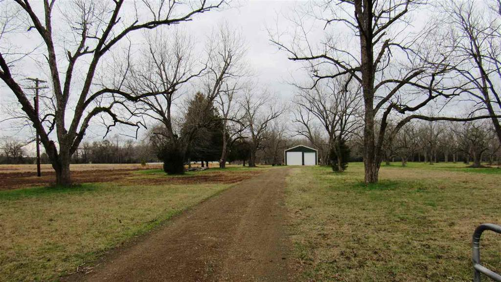 Photo of home for sale at County Road 3200, Jefferson TX
