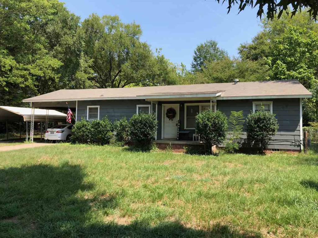 Photo of home for sale at 1973 Redmon Rd, Longview TX