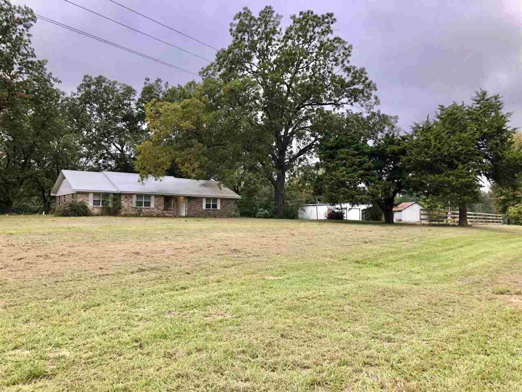 Photo of home for sale at 3736 FM 14, Hawkins TX