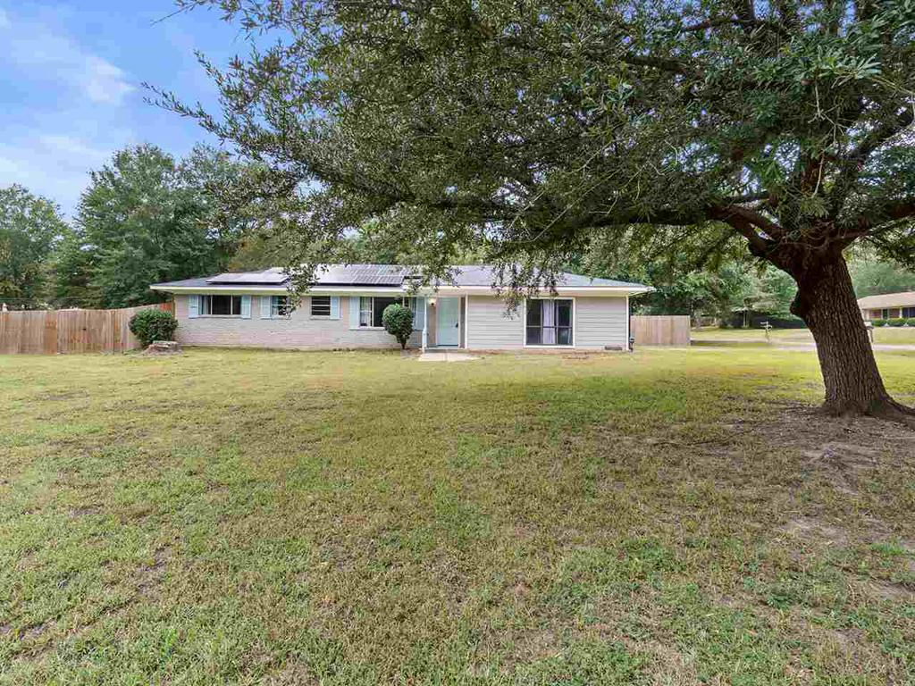 Photo of home for sale at 220 CALVERT LN, Gilmer TX