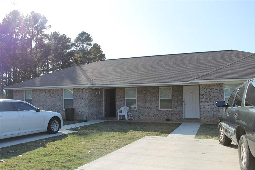 Photo of home for sale at 1219-1221 KIRBY, Texarkana AR