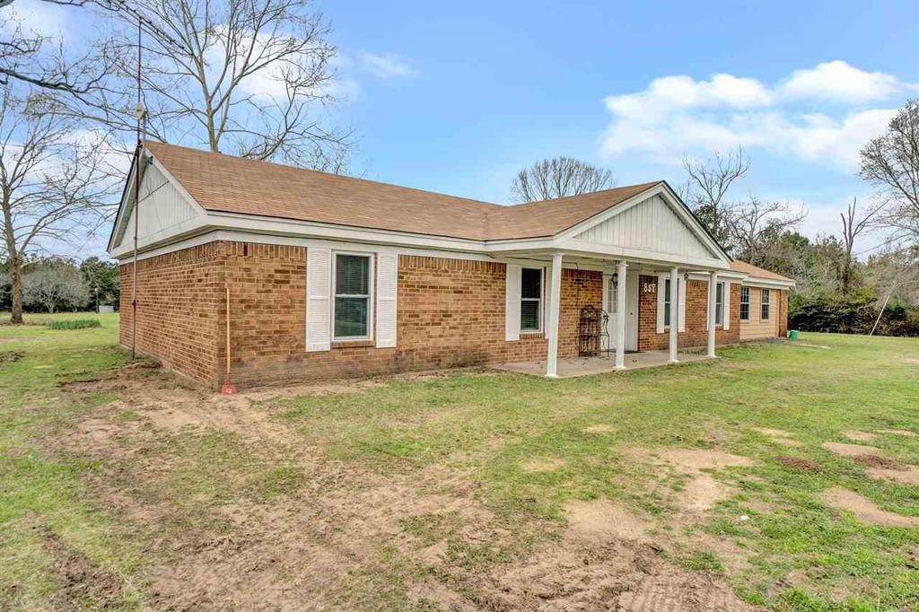 Photo of home for sale at 857 BAMBOO RD, Big Sandy TX